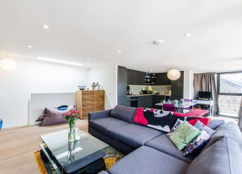 Thumbnail 2 bedroom flat for sale in Hatton Wall, Farringdon