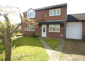 Thumbnail 2 bed property to rent in Vyne Crescent, Great Holm, Milton Keynes
