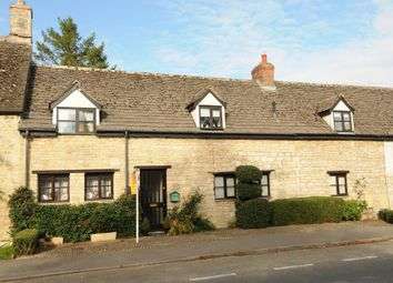 Thumbnail 3 bedroom cottage for sale in The Green, Cassington