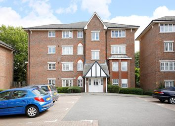 Thumbnail 2 bed flat for sale in Fawcett Close, Streatham