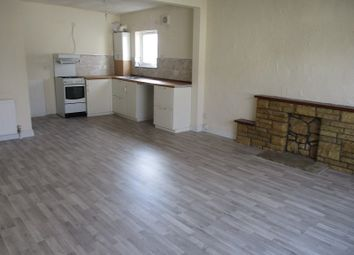 2 bed flat to rent in New Road, Porthcawl, Bridgend. CF36