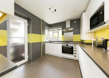 3 bed flat to rent in Helena Court, Eaton Rise, Ealing W5