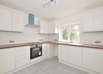 2 bed flat for sale in Kings Avenue, Chichester, West Sussex PO19