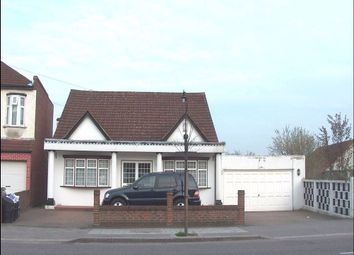Thumbnail 5 bed bungalow to rent in Goodmayes Lane, Goodmayes, Ilford