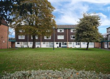 2 bed maisonette for sale in Queens Court, Alexandra Road, Farnborough GU14