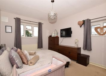 Thumbnail 3 bed flat for sale in Kingsdown Avenue, South Croydon, Surrey
