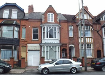 Thumbnail 1 bed flat for sale in East Park Road, Leicester
