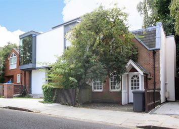 Thumbnail 2 bedroom detached house to rent in Briardale Gardens, London