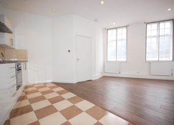 Thumbnail 1 bed flat to rent in Old Street, Shoreditch
