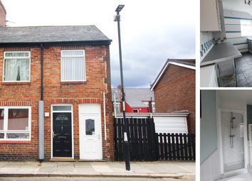 Thumbnail 2 bed flat to rent in Middle Street East, Walkergate, Newcastle