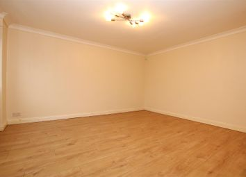 3 bed semi-detached house to rent in Somerville Way, Aylesbury HP19