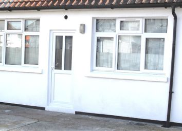 1 bed flat to rent in Lancaster Walk, Hayes, Middlesex UB3