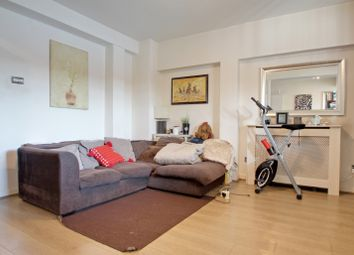 Thumbnail 1 bed flat to rent in Newland Quays, London
