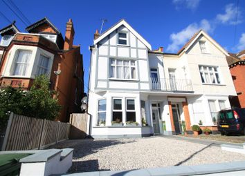 Thumbnail 1 bed flat to rent in Cobham Road, Westcliff-On-Sea