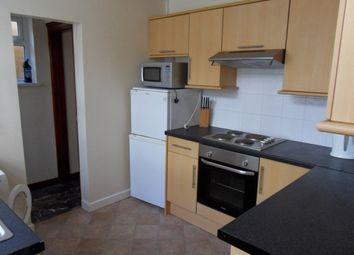 3 bed terraced house to rent in Rhondda Street, Mount Pleasant, Swansea. 6Et. SA1