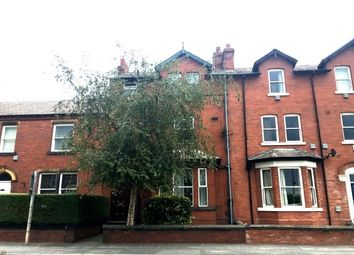 Thumbnail Room to rent in Leeds Road, Newton Hill, Wakefield