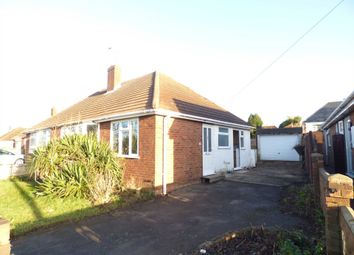 Thumbnail 2 bed bungalow to rent in Catsbrook Road, Luton