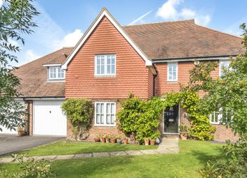 5 bed detached house for sale in Barrow Close, Billingshurst, West Sussex RH14