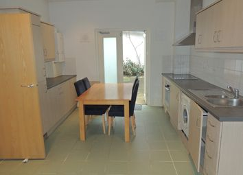 Thumbnail 1 bed flat to rent in 234-236 Kinglsand Road, London