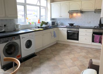 Thumbnail Room to rent in Byron Avenue, London /Kingsbury
