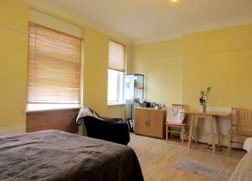 Thumbnail 1 bedroom flat to rent in North End Road, Golders Green