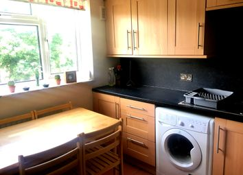 Thumbnail 1 bed flat to rent in Glenfield Road, London