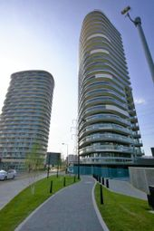 Thumbnail 1 bed flat to rent in Gateway Tower, Western Gateway, Royal Victoria