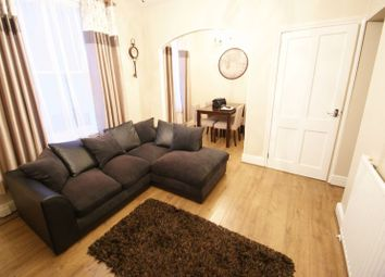 Thumbnail 2 bed flat to rent in Clifton Road, Exeter