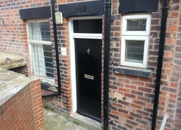 Thumbnail 1 bedroom flat to rent in Back Brudenell Mount, Hyde Park, Leeds