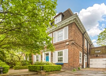 Thumbnail 6 bed detached house to rent in Grove End Road, London
