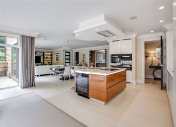 Thumbnail 3 bed flat for sale in Beaumore Place, South Park View, Gerrards Cross, Buckinghamshire