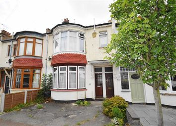 Thumbnail 1 bed flat for sale in Lord Roberts Avenue, Leigh-On-Sea, Essex