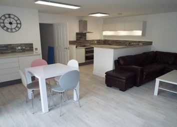 Thumbnail 1 bed flat to rent in Lloyd George Avenue, Cardiff