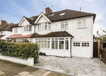 Thumbnail 5 bed property to rent in Kinnaird Avenue, London
