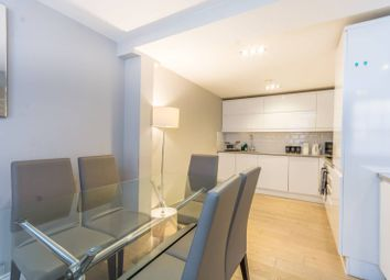 Thumbnail 2 bed flat to rent in Hanover Place, Covent Garden
