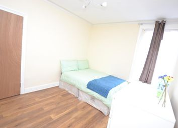 Thumbnail Room to rent in Second Avenue, Manor Park, London