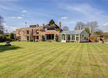 Thumbnail 7 bed detached house to rent in Lower Basildon, Reading
