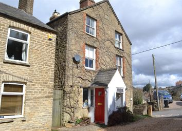 Thumbnail 3 bed property for sale in Alexandra Square, Chipping Norton