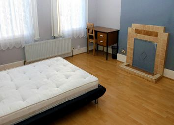 Thumbnail Room to rent in Dunsmure Road, Stamford Hill, London