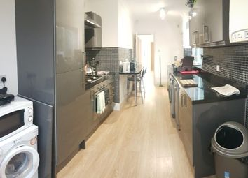5 bed terraced house to rent in Finchley Road, 5 Bed, Bills Included, Manchester M14