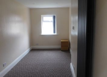 Thumbnail 4 bedroom shared accommodation to rent in Beech Avenue, Salford