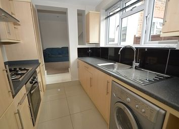 Thumbnail 2 bed flat to rent in Carlos Street, Godalming