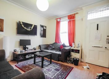 5 bed terraced house to rent in Welton Mount, Hyde Park, Leeds LS6