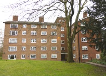 Thumbnail 3 bed flat to rent in Lawrie Park Gardens, London