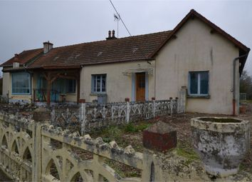 Thumbnail 5 bed detached house for sale in Auvergne, Allier, Yzeure