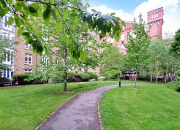 Manhattan Building, Fairfield Road, Bow, London E3. 1 bed flat for sale