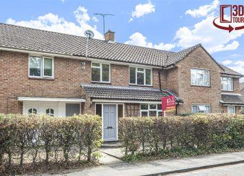 Comsaye Walk, Bracknell, Berkshire RG12. 3 bed terraced house