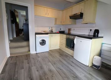 Thumbnail 1 bed flat to rent in Bean Road, Greenhithe