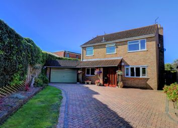 4 bed detached house for sale in Pond Approach, Holmer Green, High Wycombe, Buckinghamshire HP15
