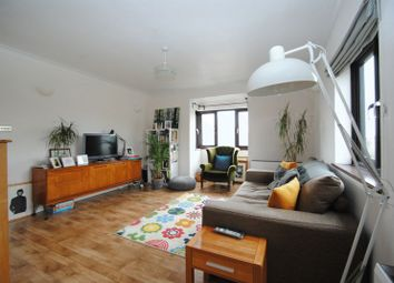 Thumbnail 2 bed flat to rent in Westleigh Avenue, Leigh-On-Sea